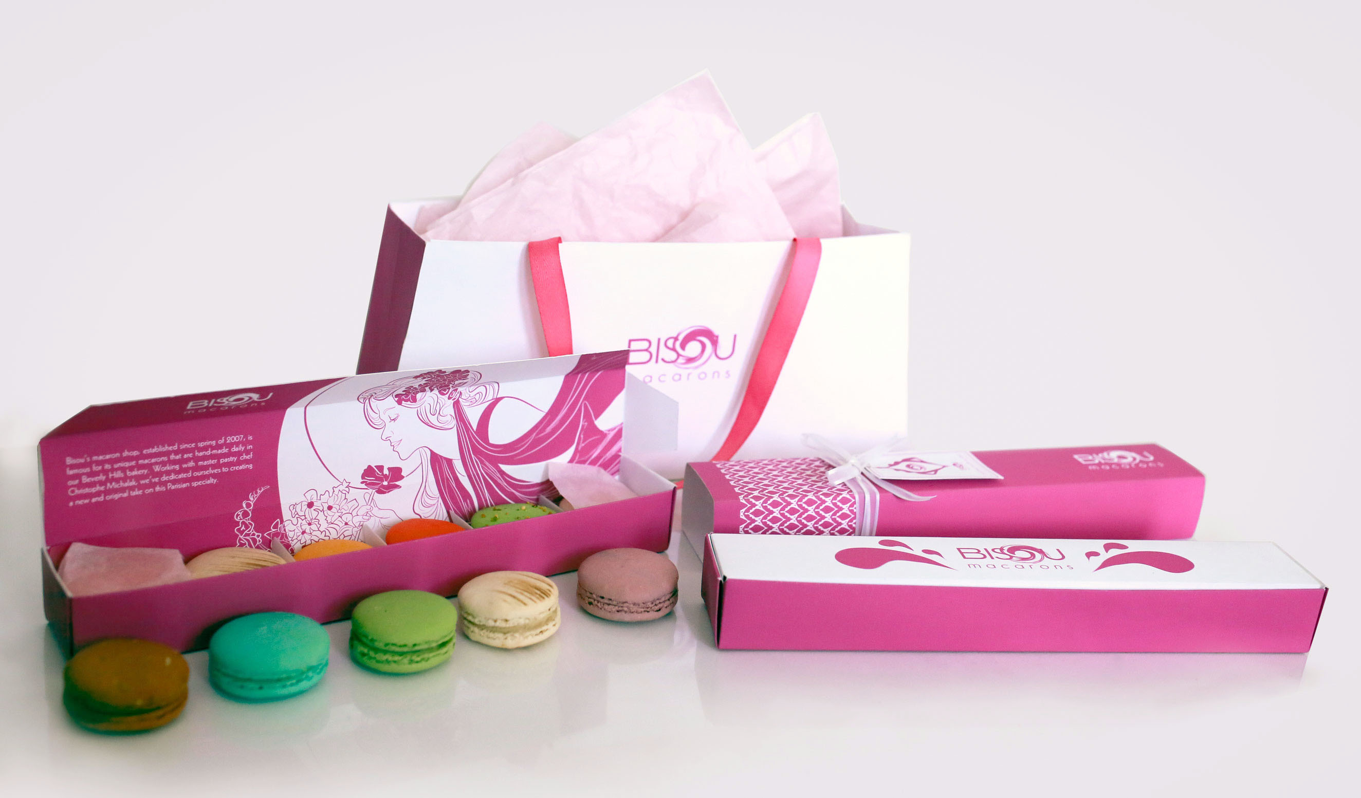 Packaging For Macarons Bisou macarons packaging rachel felsinger portfolio of the word spring since it not only highlights when the bakery was established but also the delightful colors of the various flavors of the macarons sisterspd